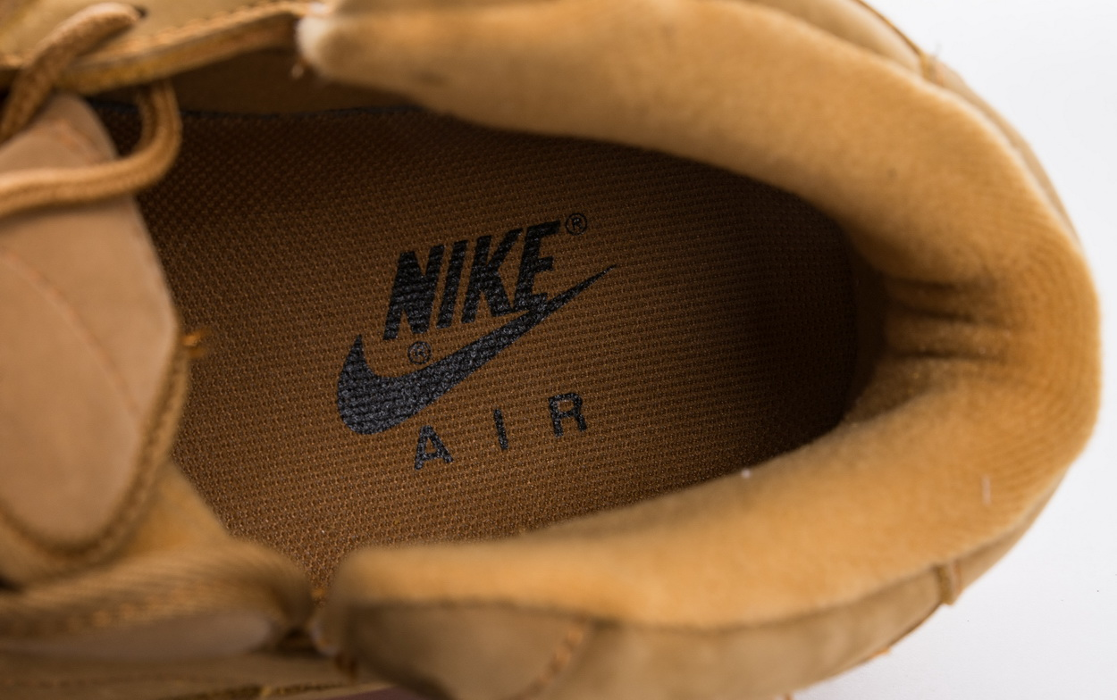 Air Force 1 Mid '07 PRM QS 'Flax' 715889 200