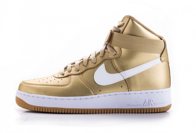 Air Force 1 High 'Metallic Gold' 823297 700
